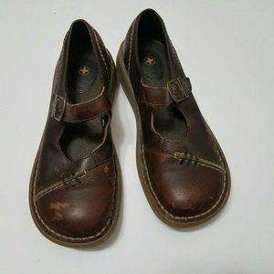 6 Brown Doc Marten Shoes